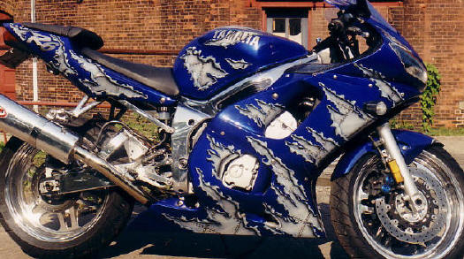 Custom R1 Paint Jobs http://www.r6-forum.com/forums/showthread.php?t=6854